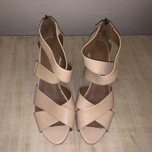 Clark's Tan Heels
